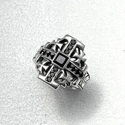 MALTESE CROSS RING W/BLK ZILCONIA