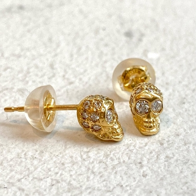 PAVE SKULL PIERCE